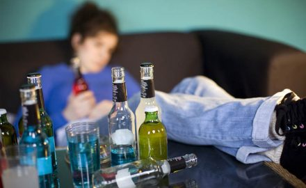 alkohol, mladi