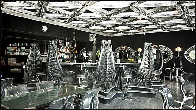 cafe-Giger-Bar