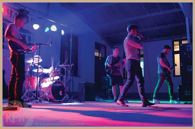 koncert gimnazija 8