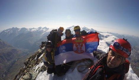 643514_cacak01-alpinisticka-ekspedicija-na-vrhu-materhorna-foto--p.-sunderic_f
