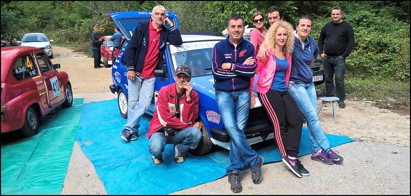bukulja-2a-Ana-Golic-sa-navijacima-iz-Cacka