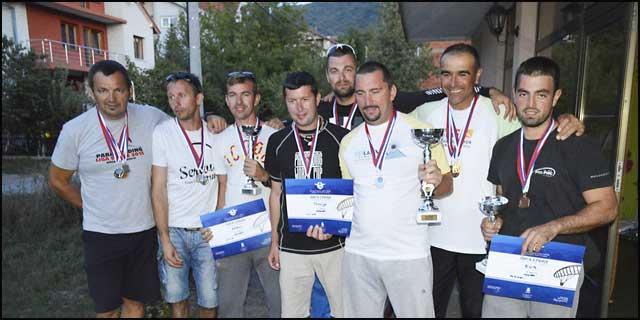 para-Ekipni-pobednici-lige-klubovi-Ares,-Golija-i-EOL