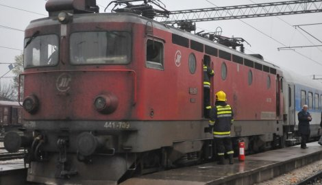 -pozar-u-lokomotivi--n.-bozovic_f