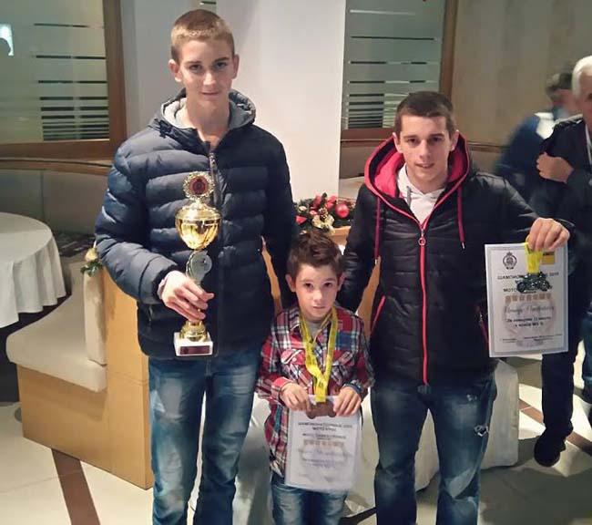 Miloš Radulović (Termorad AMSK Čačak), Aleksa Milosavljević (MK Tanasko Rajić) i Nenad Petrović (MK Tanasko Rajić)