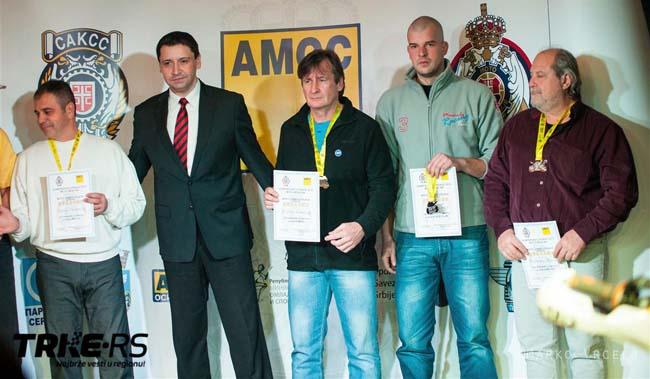 3-Marko Iliå-MK Manƒula (drugi s desna)