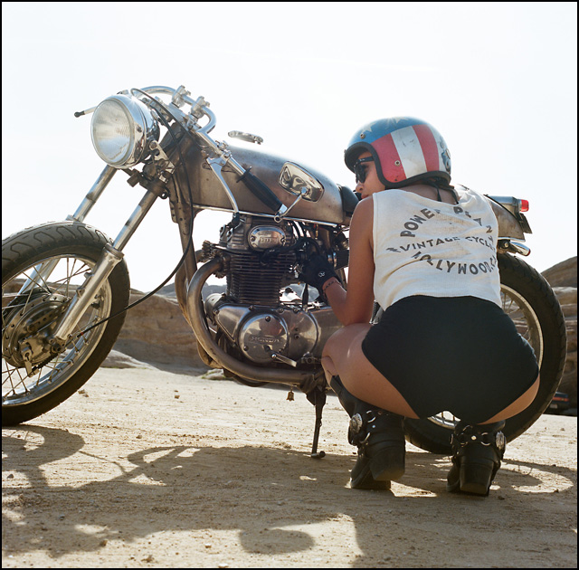women-motorcycle-3