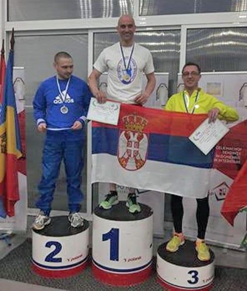 Dragan Nesovic pobednik u trci na 400 metara
