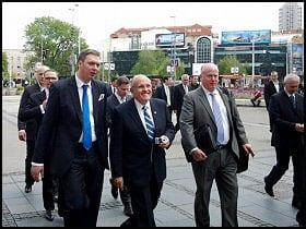 medium_1458144300--Đulijani-u-poseti-Beogradu-2012.-godine-(izvor-Facebook)