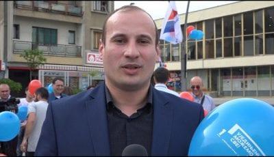SNS-trg-4 Marko Parezanović