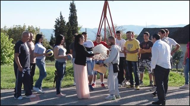 rusi-mladi-ostra-1