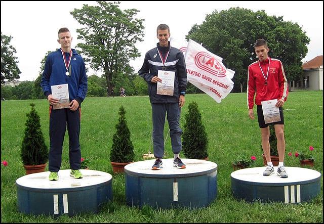 Bogdan-Joković-prvi-na-800-metara