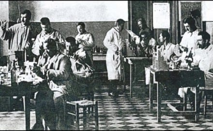 Švajcarski-lekar-levo-u-Srbiji-1915.-godine
