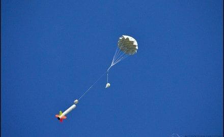 rakete-sa-padobranom