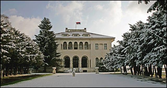 dvor-zima-3