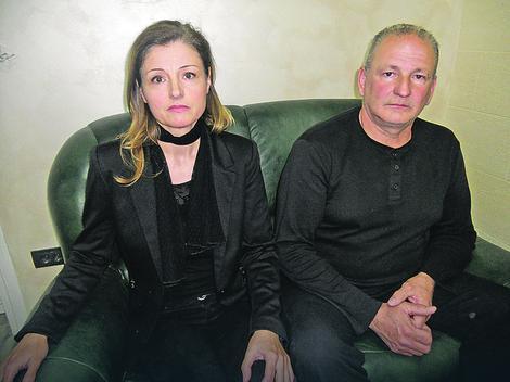 Neutešni roditelji Biljana i Rajko Jaćimović. Foto: V.Nikitović