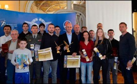 Nagrađeni-vazduhoplovni-sportisti-1 - Copy