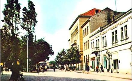 12--Zelenilo-koga-više-nema-Cacak-sedamdesetih-skver-kod-Gimnazije