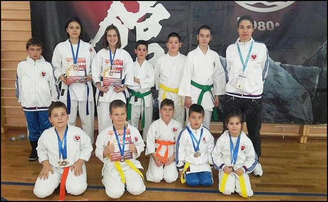 karate-6v
