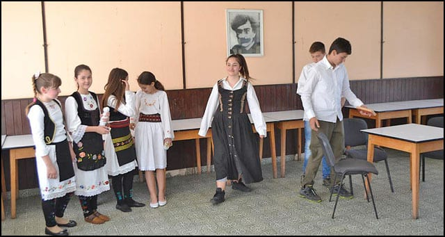 bibliokolaž-8