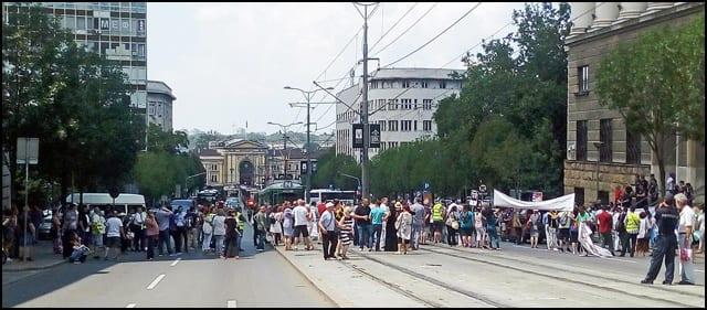 Protest-svajcarci-kredit-u-svajcarcima-foto-n1