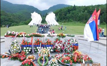 Spomenik-na-Sutjesci