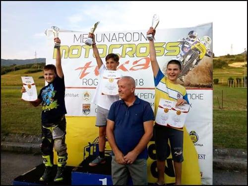 2-Klasa-MX65-Aleksa-Milosavljević-(prvo-mesto),-Filip-Rajević--i-Mihajlo-Ćajić