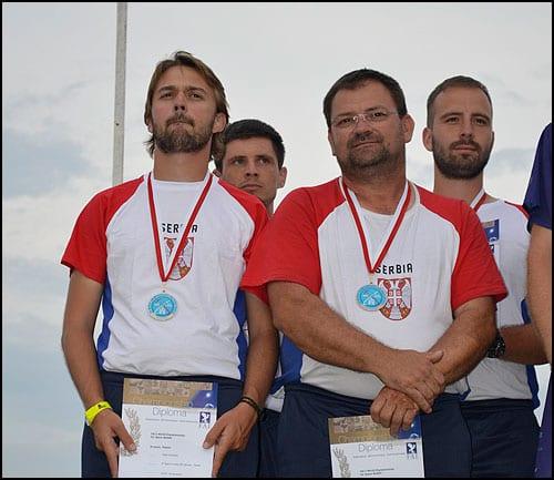 Reprezentacija-Srbije-na-pobedničkom-postolju