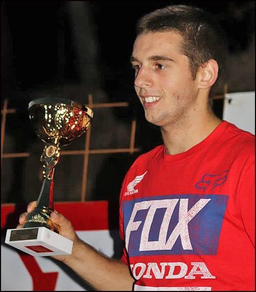 Nenad-Petrović-Kiks-u-prvoj-trci-sezone-dvostrukog-šampiona-u-klasi-MX2-košta-je-Zlatne-kacige-Foto-Dejan-Todosijević