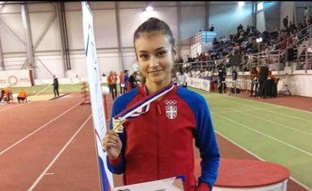 Ivana---medalja--X