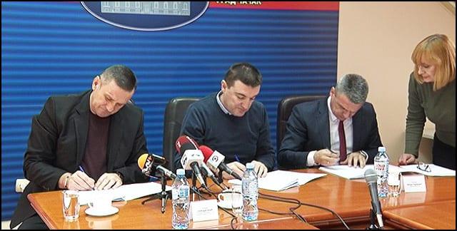 1-potpisivanje-ugovora
