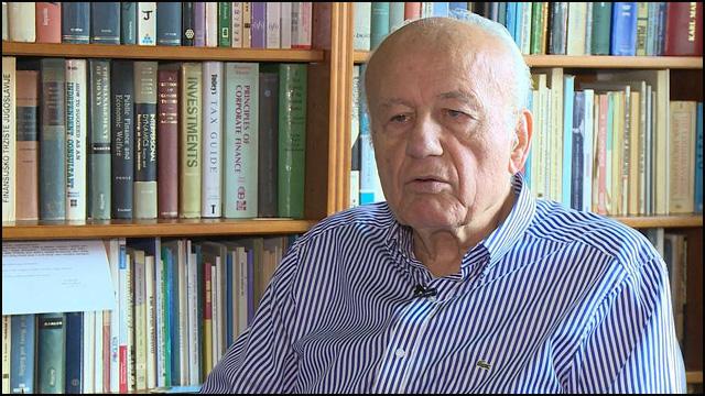 Miladin-Kovačević-Partijsko-zapošljavanje-u-Srbiji-izraženije-je-nego-ikada-i-to-mlade-najviše-tera-u-inostranstvo