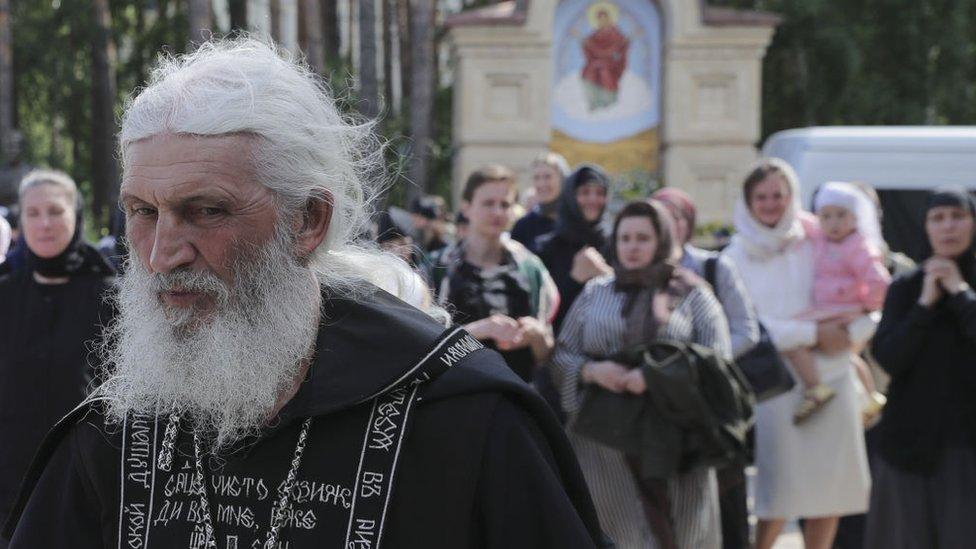 Otac Sergej u Srednjeuralsku, jun 2020.