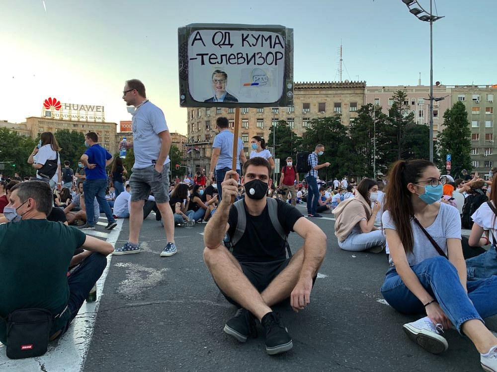 protest beograd lažne vesti