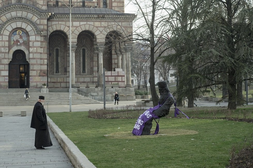 Kecelje na spomenicima