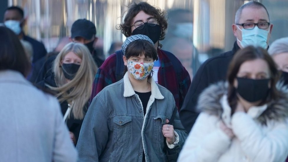 Shoppers wearing masks in Newcastle