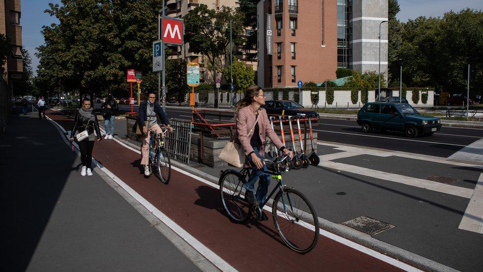 Biciklisti na novoj stazi u Milanu, 30. septembar 2020. godine