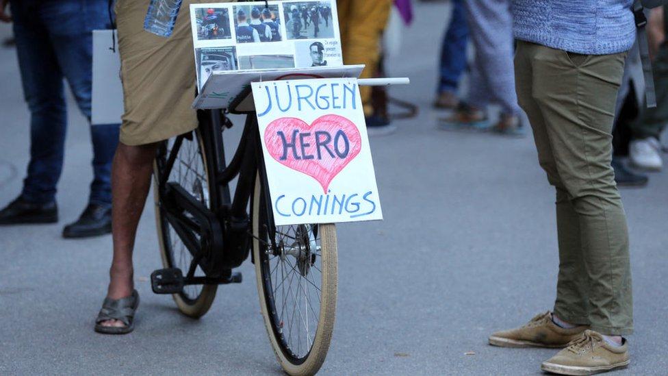 Hiljade Belgijanaca izrazilo je podršku naoružanom beguncu Jirgenu Koningsu