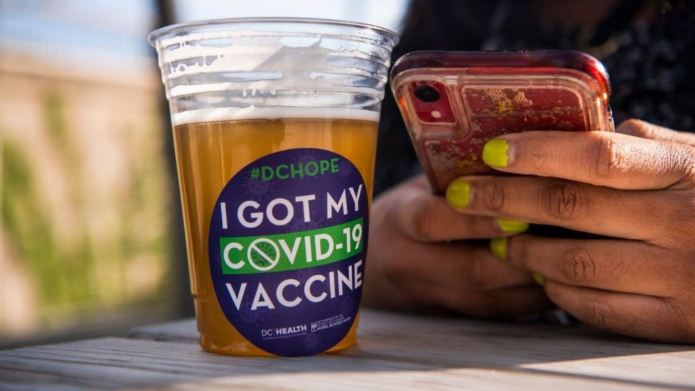 Free beer given away for vaccinated people in the US